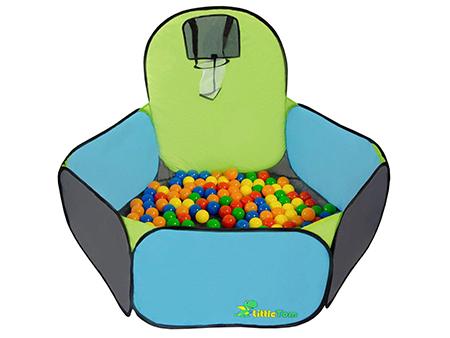 piscina de bolas con canasta